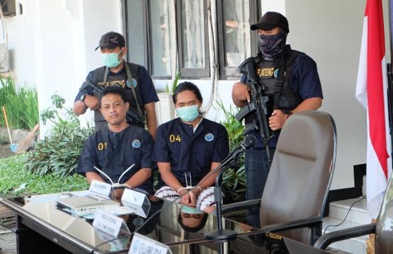 Bea Cukai Tanjung Emas Gagalkan Penyelundupan Ekstasi oleh Mahasiswa