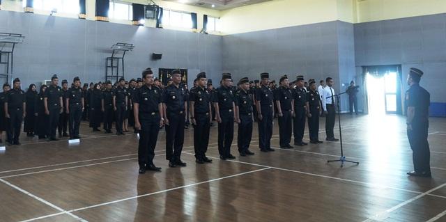 Target Penerimaan Bea Cukai Tanjung Emas Bulan April Terlampaui