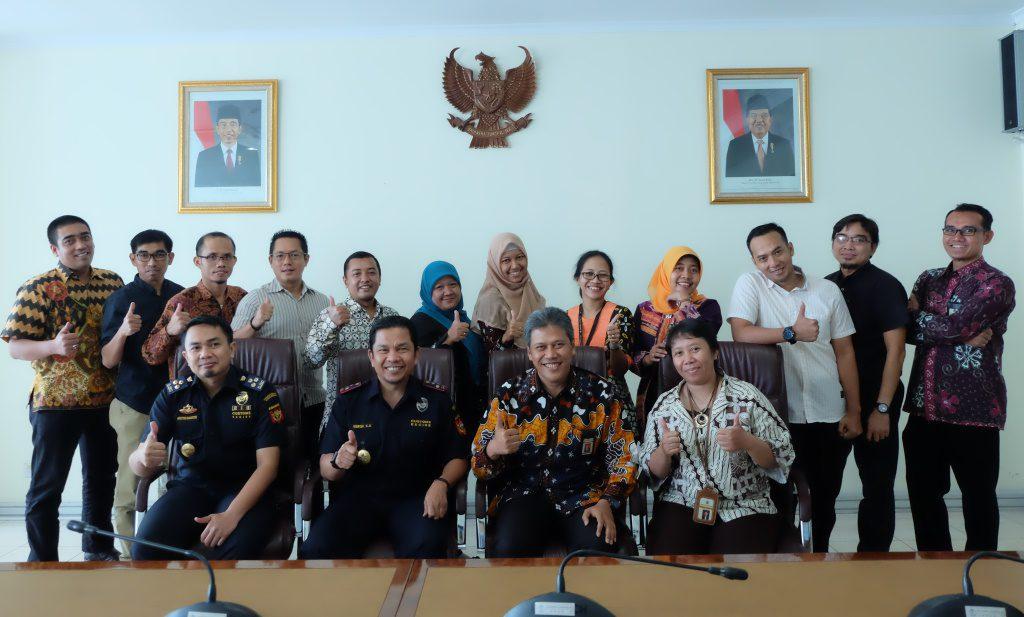 Tindak Lanjut Joint Analysis and Operation Bea Cukai Tanjung Emas bersama KPP Pratama Gayamsari