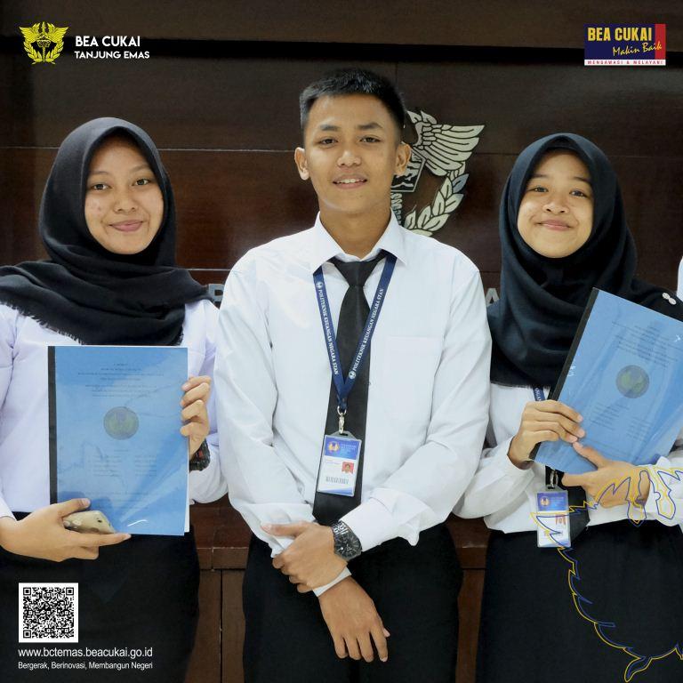 Presentasi Mahasiswa PKL PKN STAN